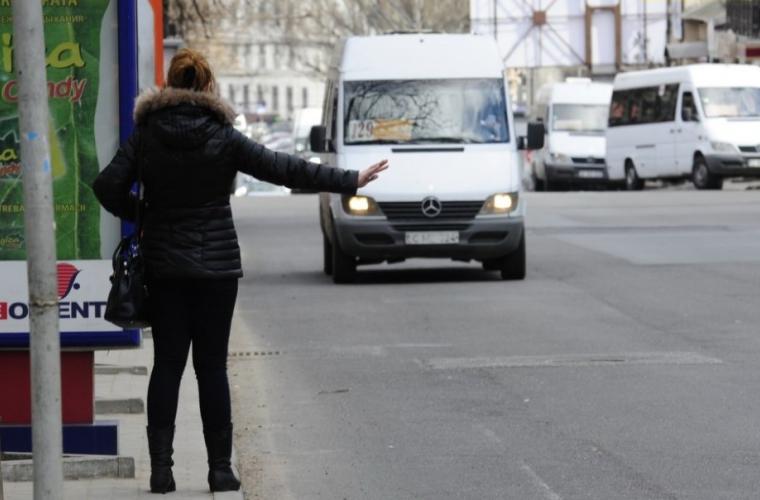 """Fotografia cu """"microbuzul viitorului"""" care face furori pe Internet (FOTO)"""