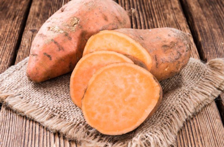 Batatul – o legumă nobilă. Un tubercul cîntărește 3,5 kg!