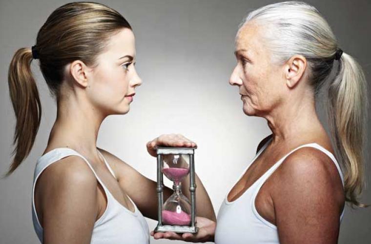 De ce și cînd o persoană începe să îmbătrînească