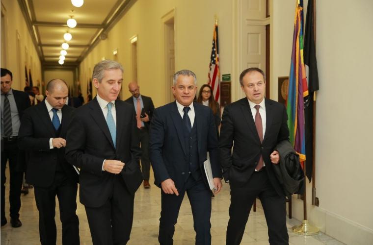 Plahotniuc în SUA: Moldova este ţinta unui război hibrid din partea Rusiei