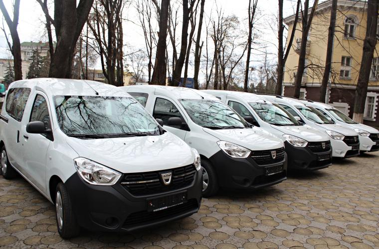 Centrele de Sănătate Publică teritoriale au fost dotate cu mașini noi
