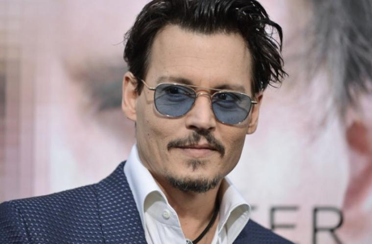 Acuzat de violență conjugală, Johnny Depp este apărat de romanciera J. K. Rowling