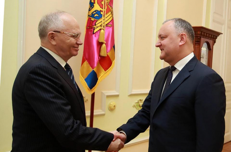 Putin l-a invitat pe Dodon la Summitul informal al șefilor de state-membre ale CSI