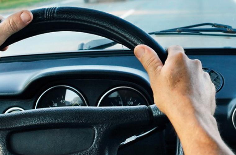 Obrăznicia acestui șofer întrece orice limită (FOTO/VIDEO)