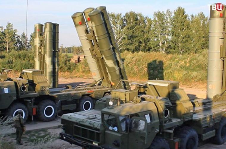 Turcia şi Rusia au semnat acordul prin care Ankara cumpără rachete S-400
