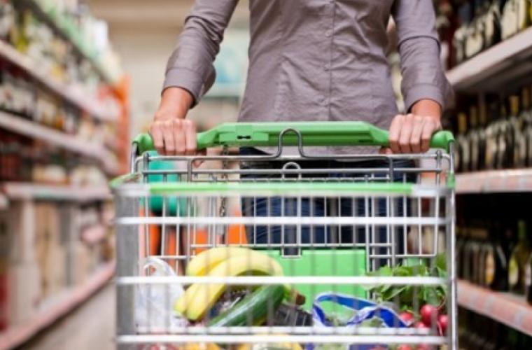 Forfotă mare în supermarketurile din capitală