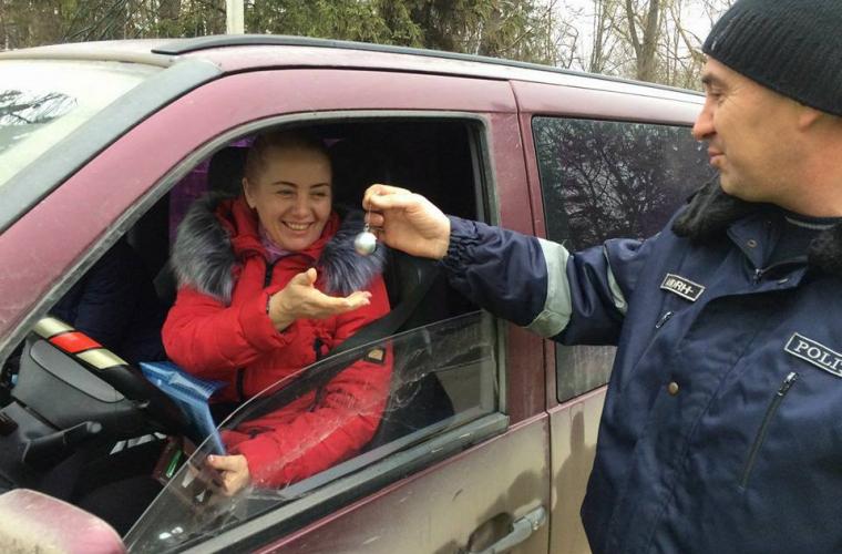 Șoferii surprinși plăcut de polițiști (FOTO)
