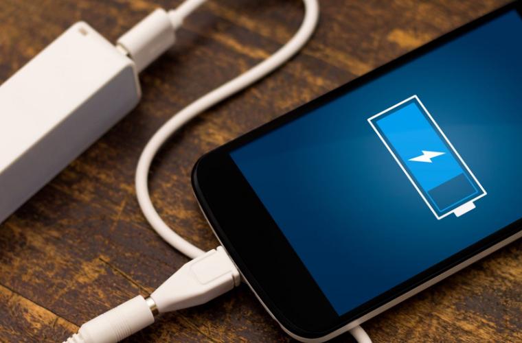 Șase motive pentru care telefonul mobil se descarcă rapid