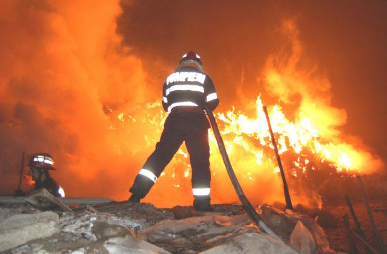 În raionul Rîşcani două surori de 13 şi 15 ani au decedat în urma unui incendiu