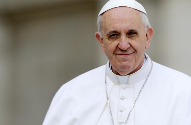 Eveniment deosebit la Vatican. Papa Francisc a botezat 34 de bebeluşi