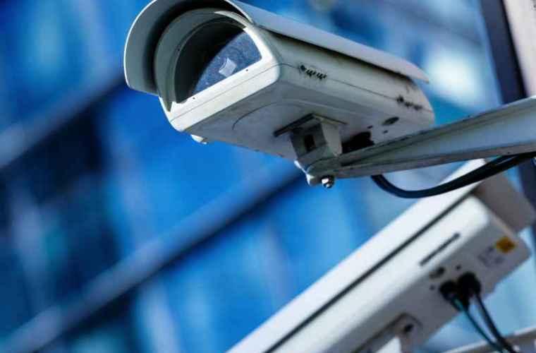 """Legea """"Big Brother"""": este oare Moldova amenințată de dictatura digitală?"""