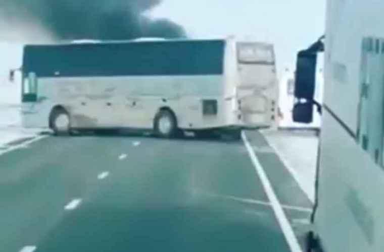 Kazahstan: Cel puţin 52 de persoane au murit după ce un autobuz a luat foc