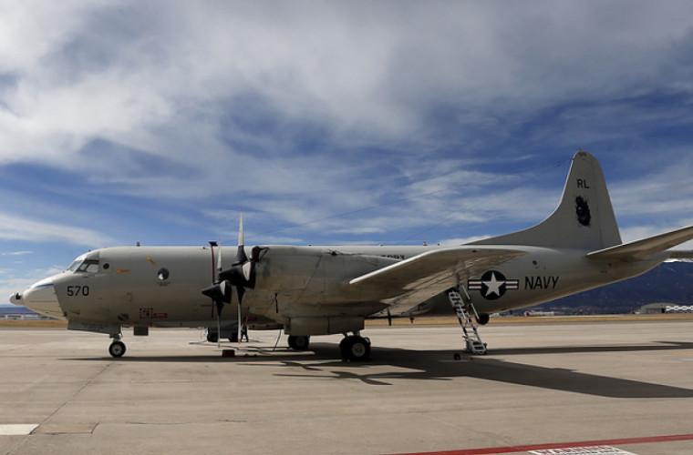 Un avion de vînătoare rus a interceptat o aeronavă americană deasupra Mării Negre