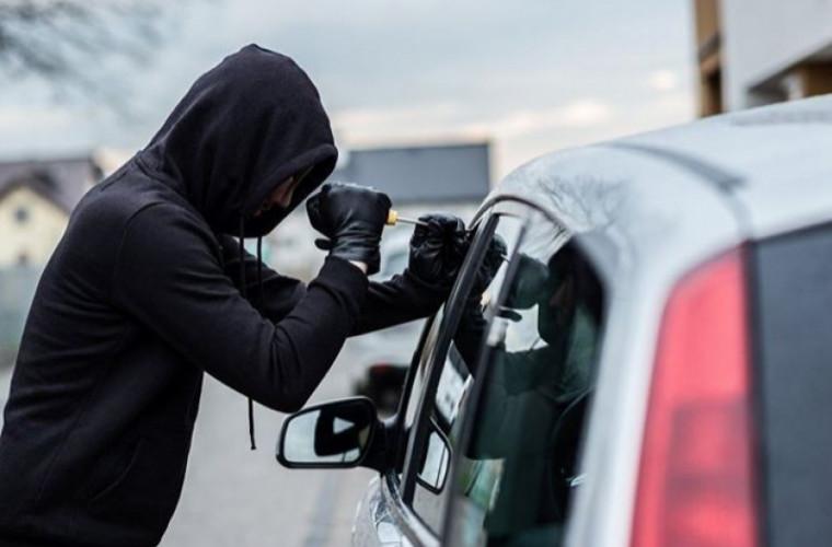 7 moduri în care «operează» hoţii de maşini