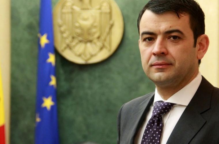 """Chiril Gaburici, prima """"țintă"""" a socialiștilor"""