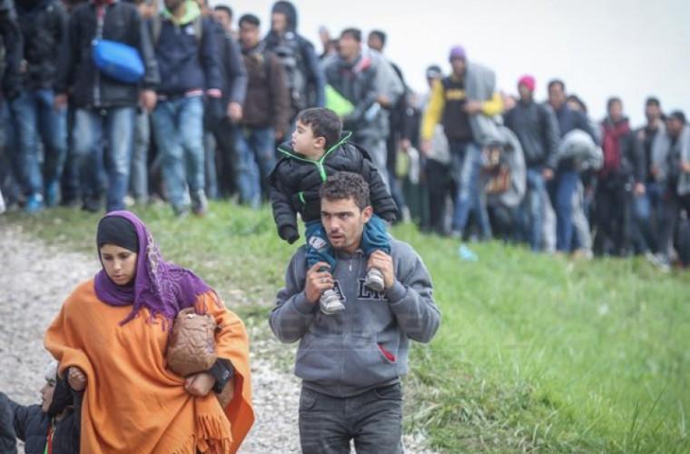 Oficial rus: UE şi SUA trebuie să-şi asume responsabilitatea pentru rezolvarea crizei migraţiei