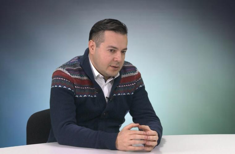 """Ostapel: Culegem roadele poveștilor multianuale ale """"istoriei de succes"""" a Moldovei"""