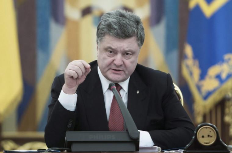 Poroșenko: Sîntem gata să primim navele din Crimeea numai împreună cu Crimeea