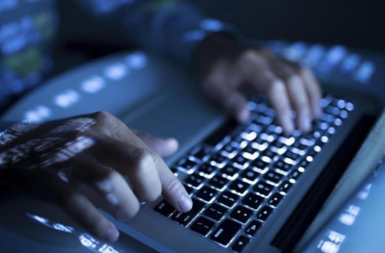 Numărul abonaților la serviciile de acces la Internet fix a crescut
