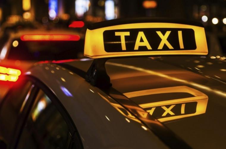 Firmele de taxi din ţară NU au maşini adaptate pentru persoanele cu nevoi speciale