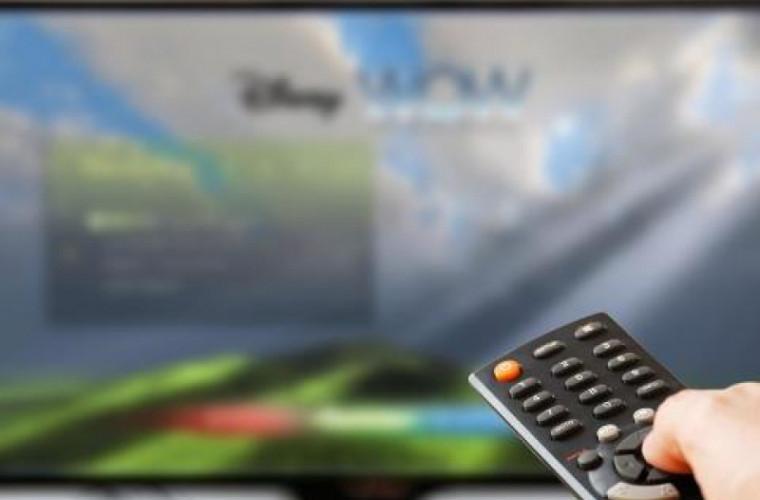 Tot mai mulți consumatori utilizează serviciile de televiziune contra plată