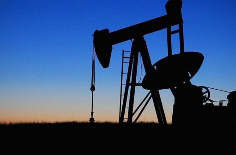 descoperire-istorica-de-petrol-si-gaze-naturale