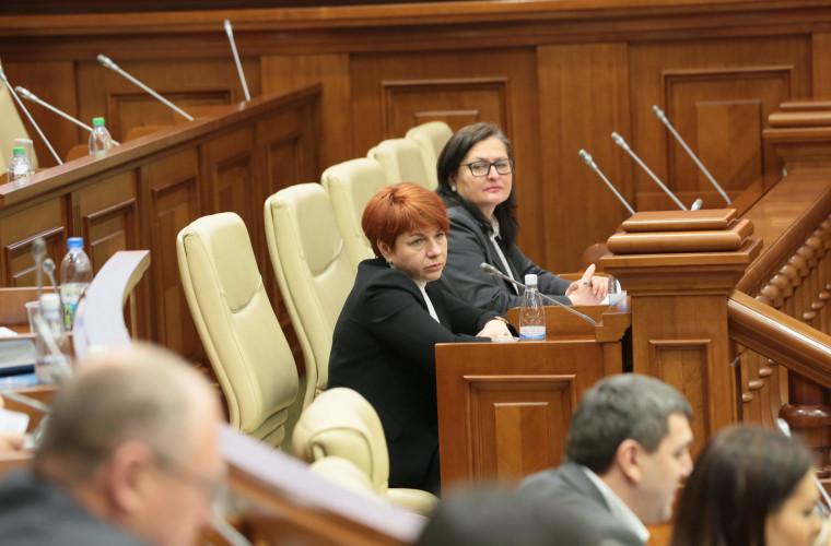 Deputații cer explicații pe marginea acordurilor semnate cu partea transnistreană