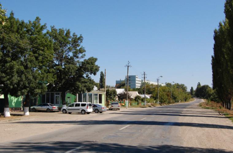 Mai mulți locuitori din Căuşeni vor fi conectaţi la sistemul central de canalizare