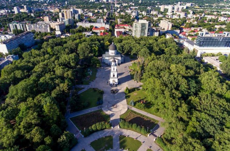 CET pe gaze românești, transport public gratuit și televiziune municipală. Ce promit candidații la funcția de primar general