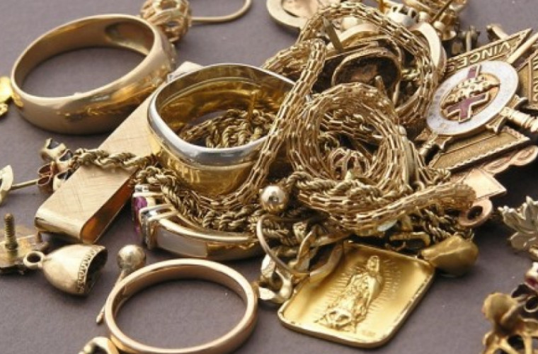 Cum readuci strălucirea bijuteriilor tale din aur sau argint