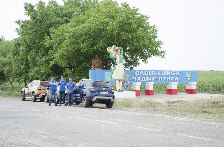Automobile Dacia prezente la serbarea a 60 de ani ai orașului ÇADİR-LUNGA