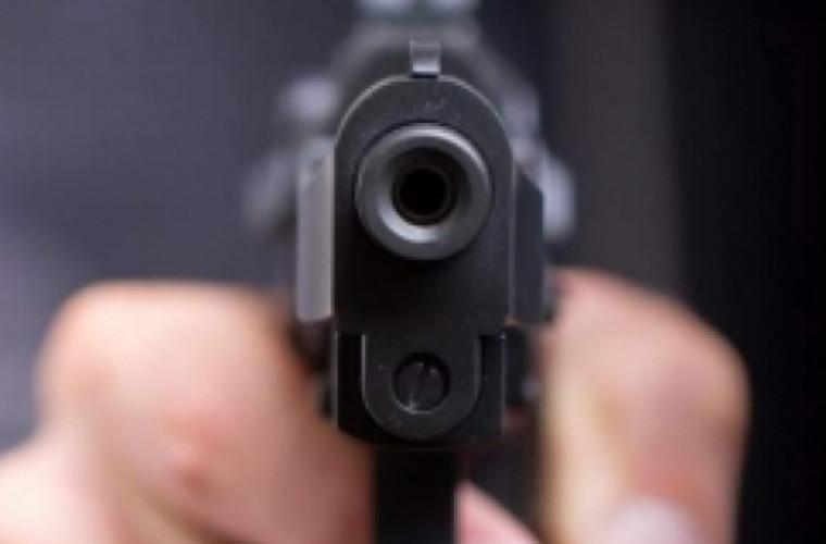 Un tînăr de 20 de ani, împușcat de șeful Poliției Criminale din Hîncești
