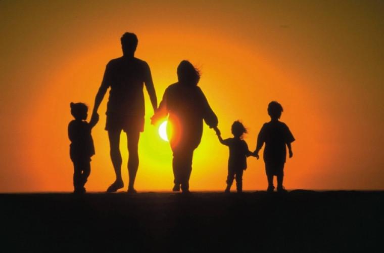 Spargerea stereotipurilor: Se întorc acasă din străinătate ca să se stabilească