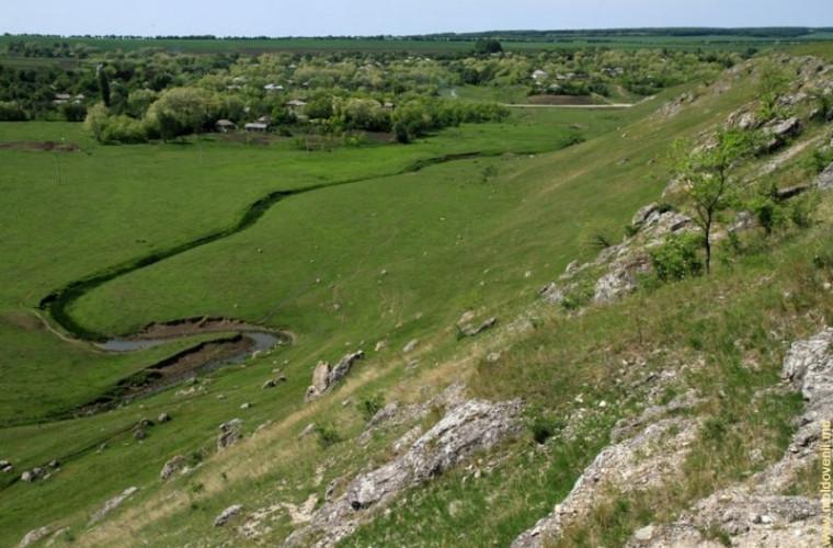 Valea rîului Camenca între satele Buteşti şi Cobani, Glodeni (FOTO)