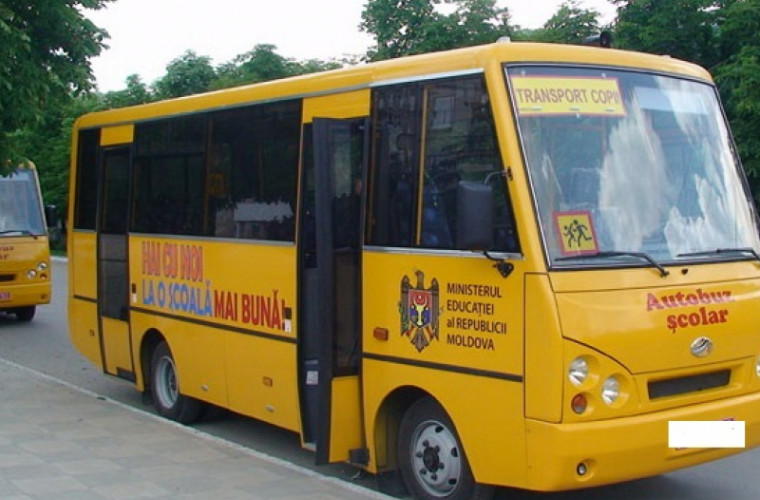 Autobuzele care transportă elevii la școală, supuse verificărilor