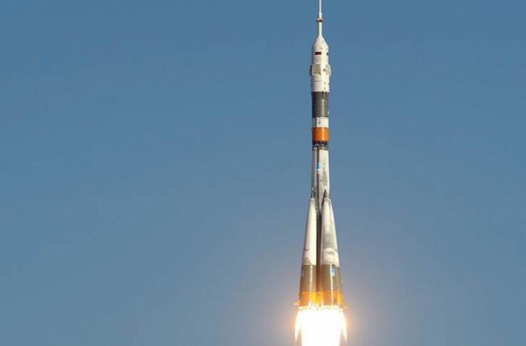 rusia-a-lansat-cu-succes-racheta-soiuz-dupa-accidentul-din-octombrie