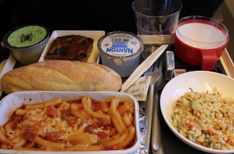 Pilotul, care a relatat despre pericolul alimentației pe aeronavă