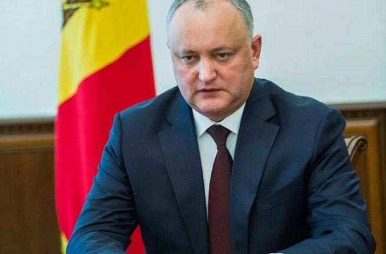 Dodon va veni în Moldova împreună cu piloții eliberați în Afganistan