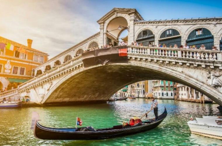 Taxa achitată de cei care vor să viziteze Veneția. Cînd intră în vigoare