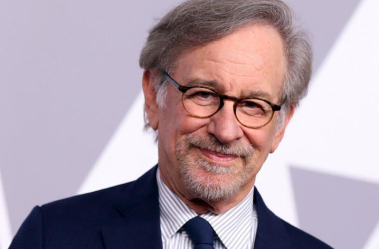 Steven Spielberg vrea să restricţioneze accesul filmelor la Oscar