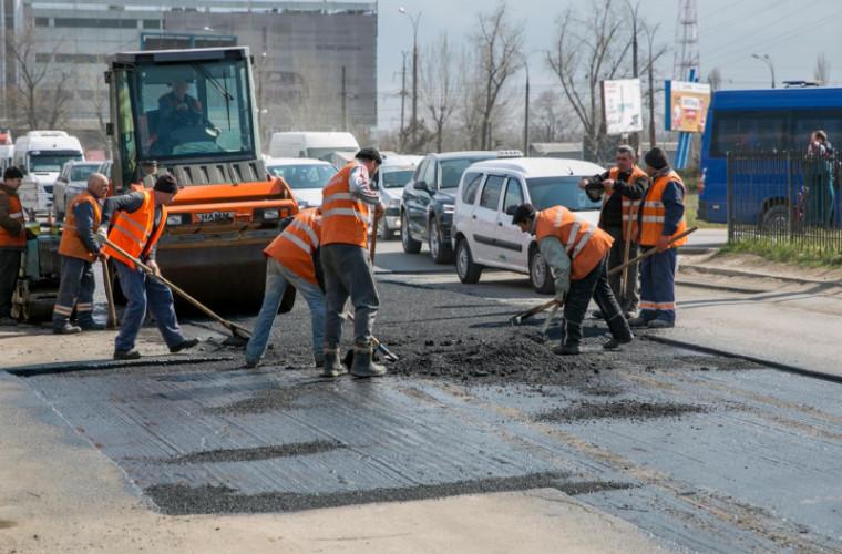 Drumuri Bune 2: Cînd încep lucrările de reparație a celor 2.600 km de drum