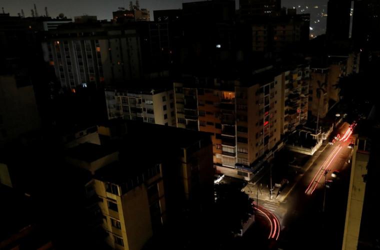 Стало известно острашных последствиях блэкаута вВенесуэле— Массовые смерти детей