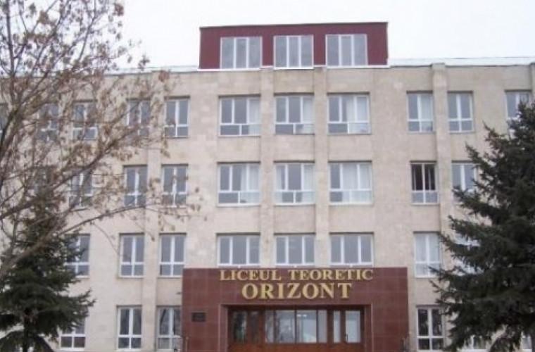Doi foşti profesori turci de la liceul Orizont, condamnați la închisoare