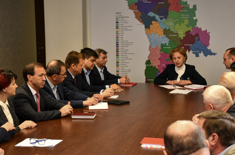 Socialiștii au ales președintele și vicepreședintele fracțiunii parlamentare
