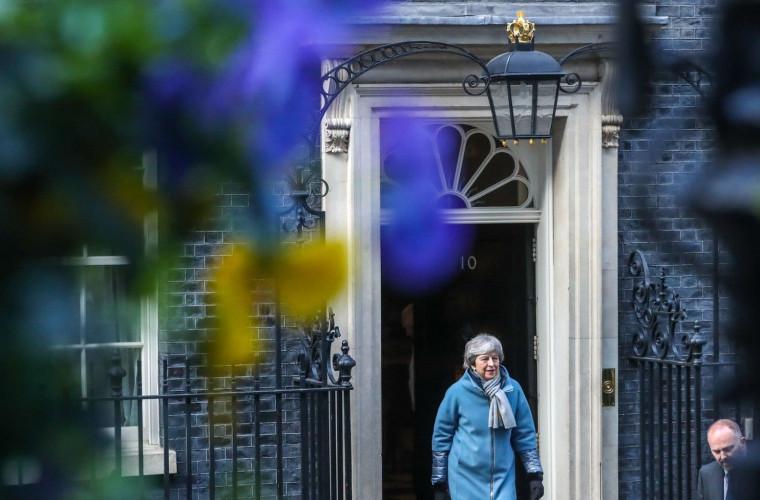 Европарламент отказался откладывать Brexit