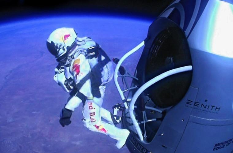 Cît ar rezista un om dacă ar ieși în spațiu fără costum?