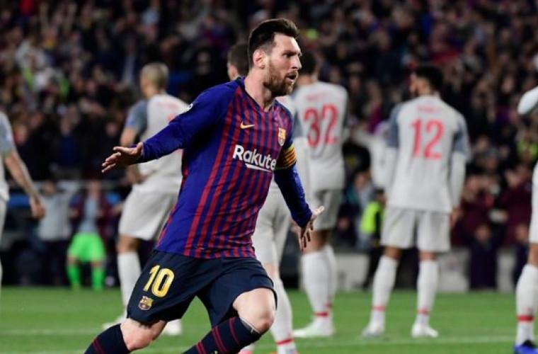 Fotografia cu Messi, singur în fața unei tribune, virală pe internet