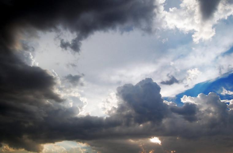 Prognoza meteo pentru 15 mai