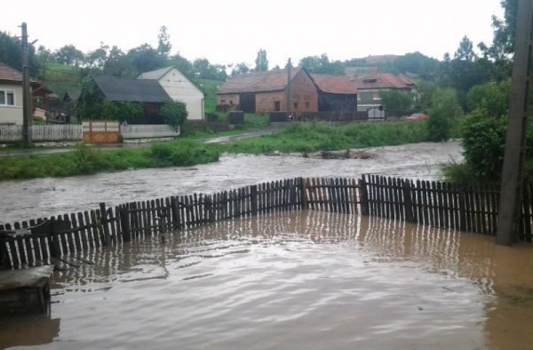 Prăpăd în toată ţară: Pagubele mari aduse de ploaia de ieri