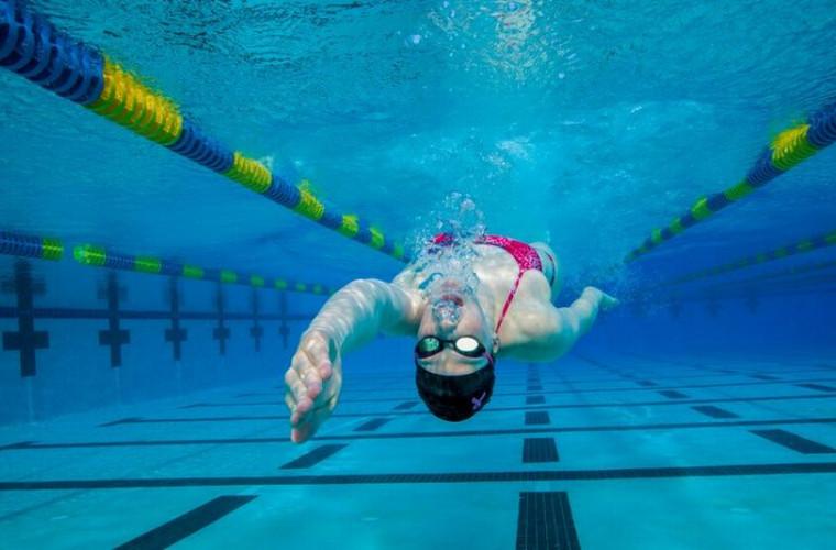 Cum ar fi viața unui om dacă ar putea respira sub apă